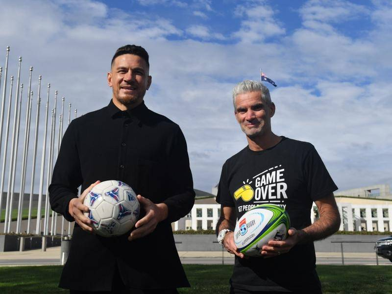 Sonny Bill Williams and Craig Foster say 'a swipe of the pen' would let refugees resettle in NZ.